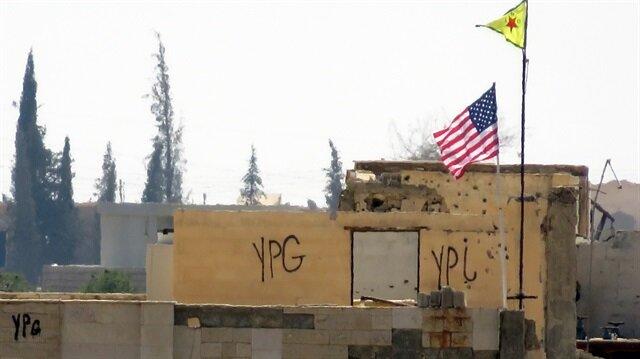 PKK/PYD afrin de amerikan bayrakları kaldırdı ile ilgili görsel sonucu
