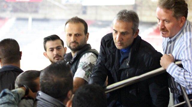 'Fenerbahçeli <br/>teknik direktör istemiyoruz'