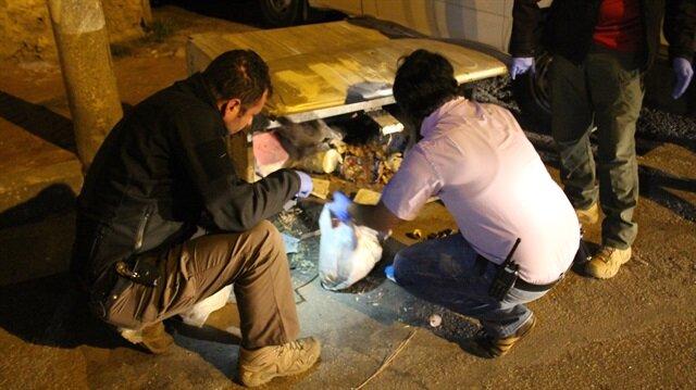 Çöpte bulduğu bomba elinde patladı