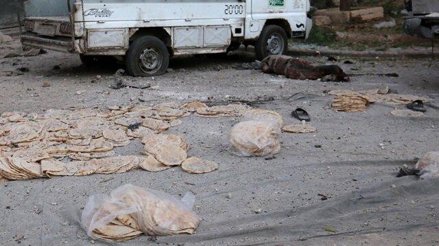 Esed rejimi ekmek sırasını vurdu: 6 ölü