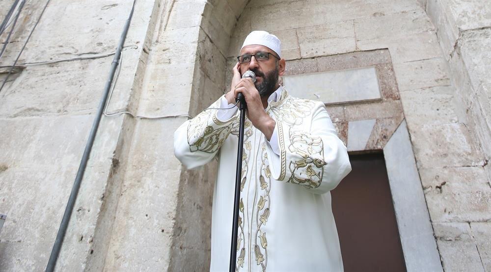 ayasofyaya imam atandı ile ilgili görsel sonucu