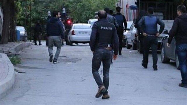 KCK'lı terörist HDP'li vekilin aracında yakalandı