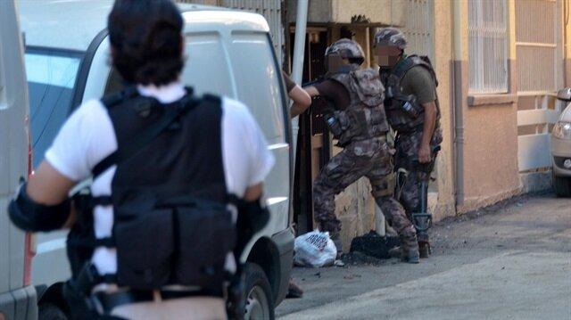 Adana'da DEAŞ'ın hücre evine baskın