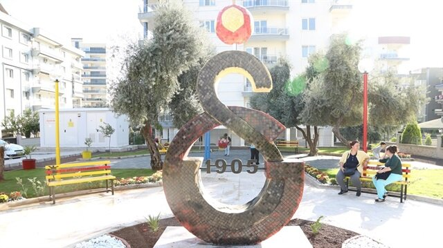 Aydın'da Galatasaray armasına saldırı