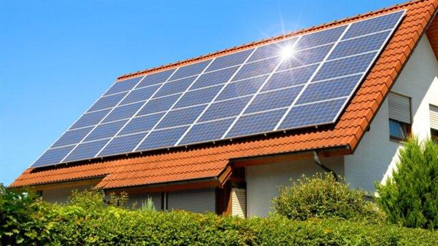Google, Project Sunroof ile güneş enerjisi kullanımını yaygınlaştırmayı hedefliyor.