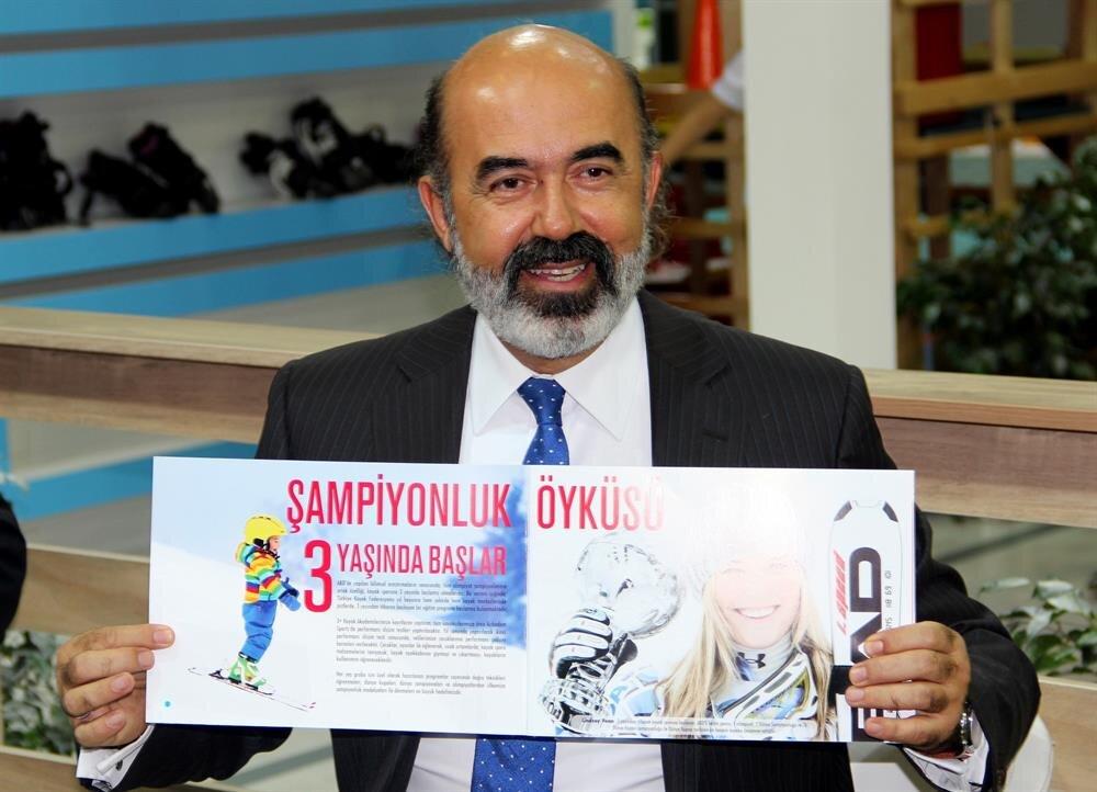 Türkiye Kayak Federasyonu Başkanı Erol Mehmet Yarar.
