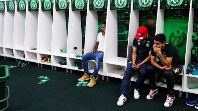 3 futbolcu <br/>böyle kurtuldu