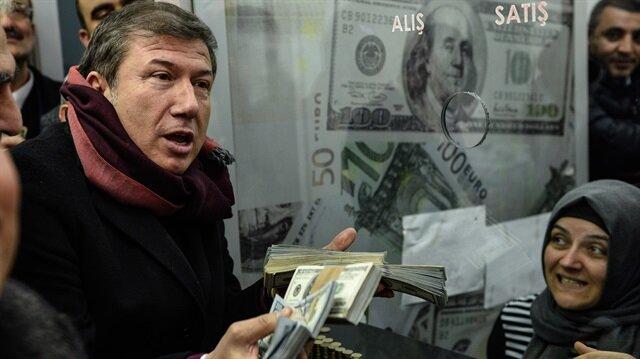 Tanju Çolak da<br/>dolarlarını bozdurdu