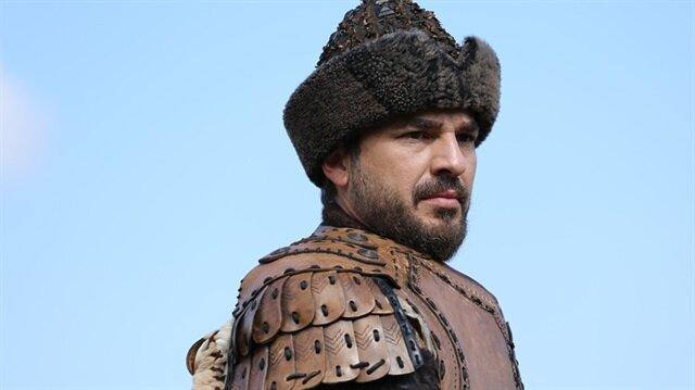 Diriliş Ertuğrul dizisinde başrol olan Engin Altan Düzyatan Bilal-i Habeşi'yi seslendirecek.