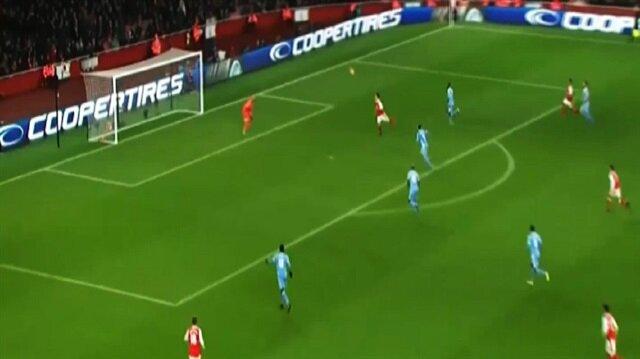 Mesut Özil bu sefer uçarak gol attı