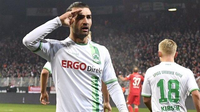 Bundesliga 2'de 'asker' selamı