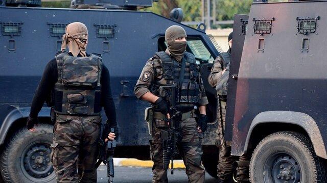 24 saatte üç farklı terör örgütüne darbe
