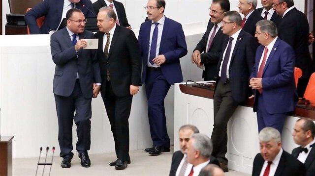 Meclis'te dikkat çeken görüntü