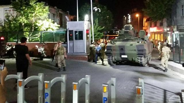 FETÖ'cü hainlerin WhatsApp mesajı: Bayrampaşa'dan polis çıkmayacak