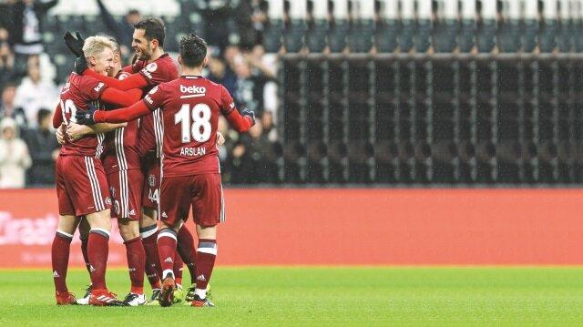 Kupada erken final Beşiktaş-Fenerbahçe