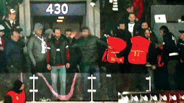 Hasan Çetinkaya'ya saldıran taraftar güvenlik kameralarında