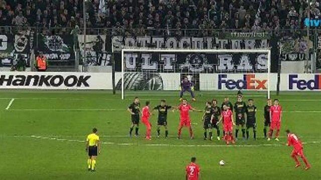 UEFA Avrupa Ligi'nde geceye damga vuran gol