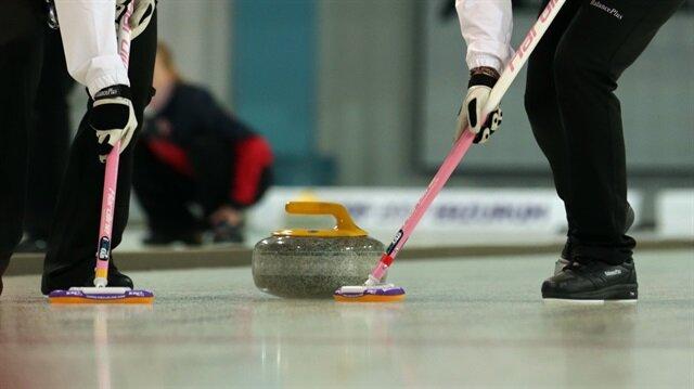 EYOF 2017'de Türkiye üçüncü madalyasını curlingde kazandı