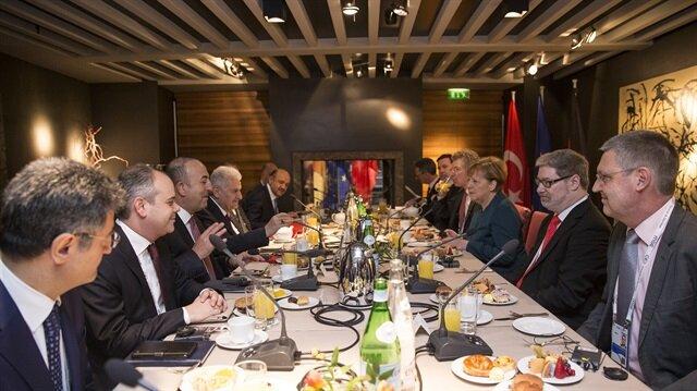 يلدريم يبحث مع ميركل تعزيز التعاون وقضايا إقليمية