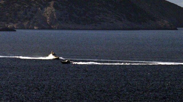 زورق يوناني ينتهك المياه الإقليمية التركية