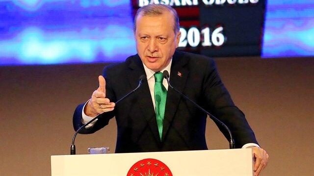 أردوغان يدعو أنصار الأحزاب السياسية إلى التصويت لصالح التعديلات الدستورية