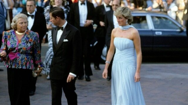 Princess Diana's dresses go on display in London, 20 years after her death