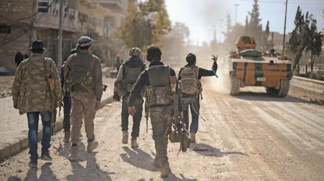 PKK Münbiç'e terörist topluyor