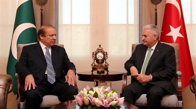 Pakistan's PM: Pakistan supports the struggle against FETÖ