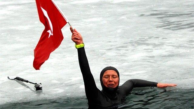 Türk kadın milli sporcudan dünya rekoru