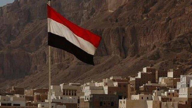 قتلى وجرحى في تفجير انتحاري استهدف معسكرًا بأبين جنوبي اليمن