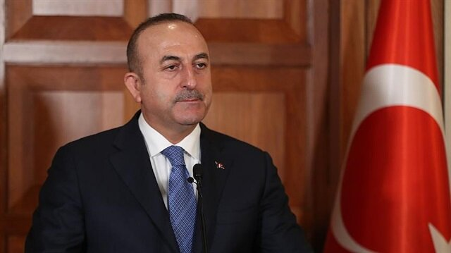 Turkish FM slams Greece on not extraditing ex-soldiers