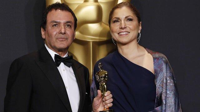Iran praises Oscar-winning director for anti-Trump stance