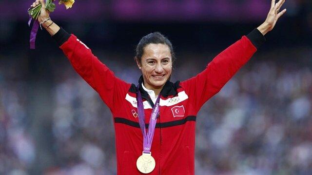 IOC Aslı Çakır'ın olimpiyat madalyasını geri istedi