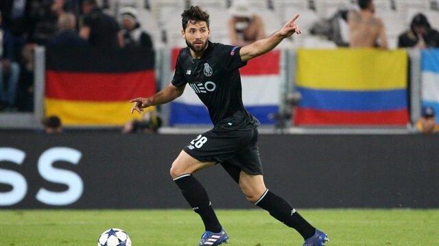 Real Madrid'in ilk transferi: Felipe Monteiro