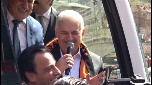 Başbakan Yıldırım ile vatandaşlar arasında güldüren diyalog