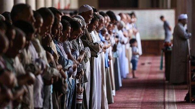 Mısır, Cuma hutbesinde Türkiye'ye destek mesajı veren imamı görevden uzaklaştırdı.