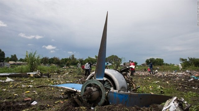 Plane crashes in South Sudan airport injuring several people