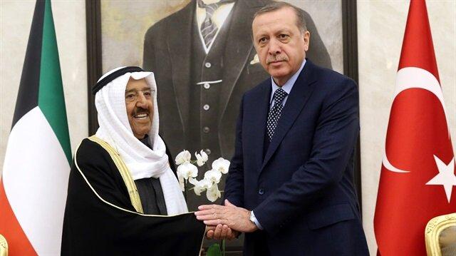 Cumhurbaşkanı Erdoğan Kuveyt Emiri'yle görüştü