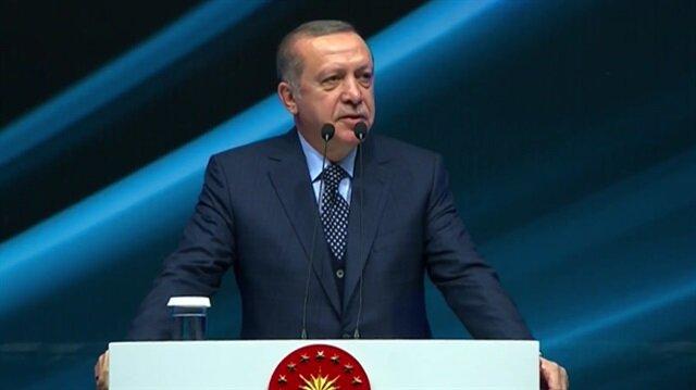 Cumhurbaşkanı Erdoğan, Futbol Zirvesi'nde yaptığı konuşmada yeni bir stadyum müjdesi verdi.
