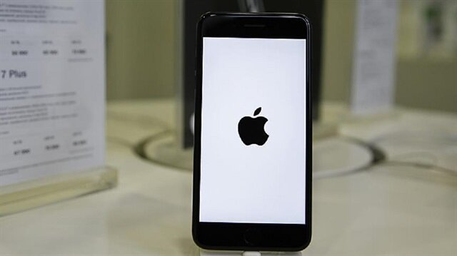 WikiLeaks says US government built iPhone hack