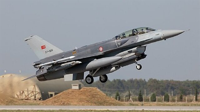 الجيش التركي يدمر أهدافا لـ