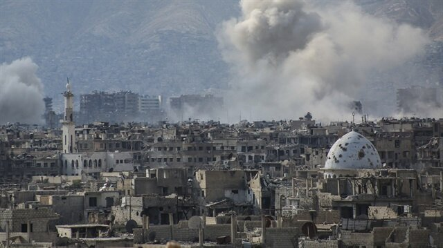 Şam'da Hava Saldırısı: 12 ölü