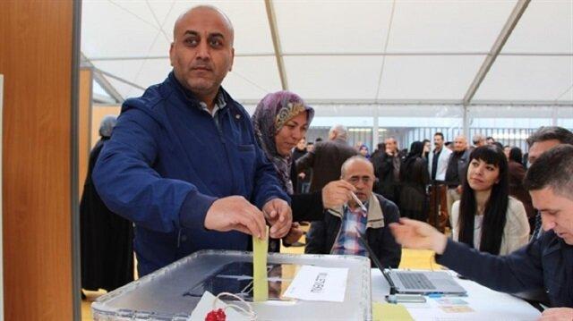 المغتربون الأتراك يتوجهون غدًا إلى صناديق الاقتراع في ست دول أوروبية