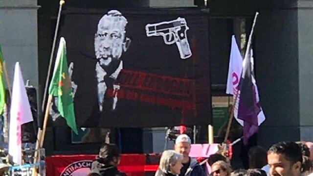 Erdoğan'ı hedef gösteren pankart için soruşturma