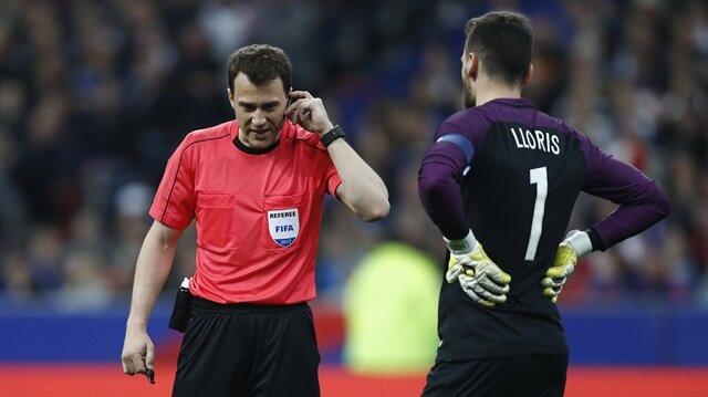 Fransa-İspanya maçına 'video hakem' damga vurdu
