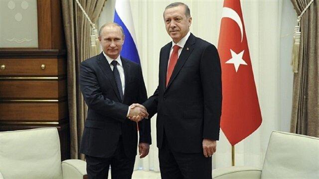 بوتين يهنئ أردوغان بنتيجة الاستفتاء على التعديلات الدستورية