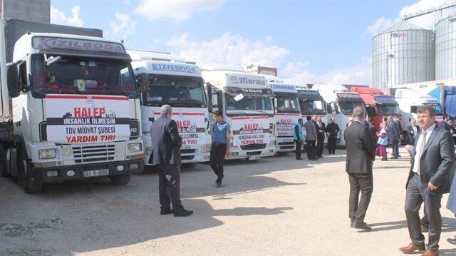 Mardin'den Suriye'ye 21 tır un yardımı