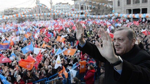 أردوغان: سأعود لحزب العدالة والتنمية بعد إعلان نتيجة الاستفتاء رسميا