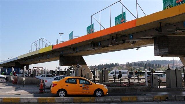 15 Temmuz Şehitler Köprüsü'ndeki gişelerin kaldırılması için çalışmalar başladı.