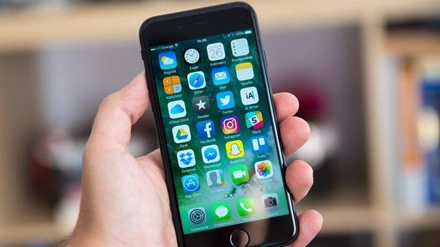 İphone kullanıcılarının kimlik bilgilerini, gönderdikleri mesaj yolu ile çalmaya çalışıyorlar.